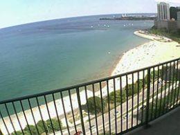 Oak Street BeachCam - Lake Michigan Chicago